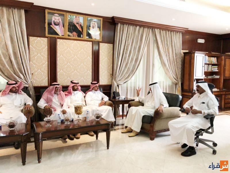 أعضاء المجلس البلدي بالقصب في زيارة لمحافظ شقراء الاستاذ عادل البواردي