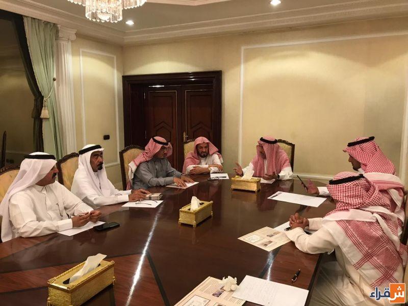 الشيخ حمد الجميح يترأس اجتماعاً تحضيرياً لتشغيل سوق المجلس التاريخي بشقراء