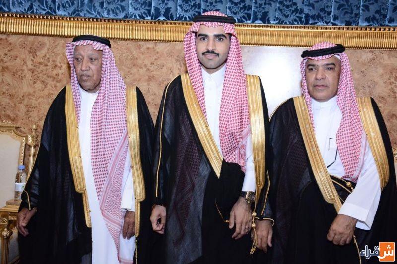 الشيخ يوسف بن فهد الحميدي يحتفل بزواج حفيده معتز على كريمة بن شريم