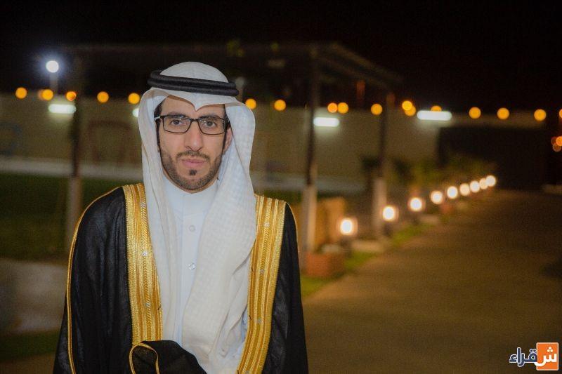 الشاب مؤيد بن حمد المنصور يحتفل بزواجه.