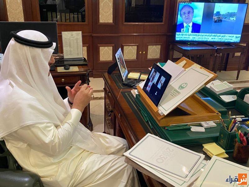 محافظ شقراء يجتمع بلجنة مبادرة خيرات الرياض في محافظة شقراء