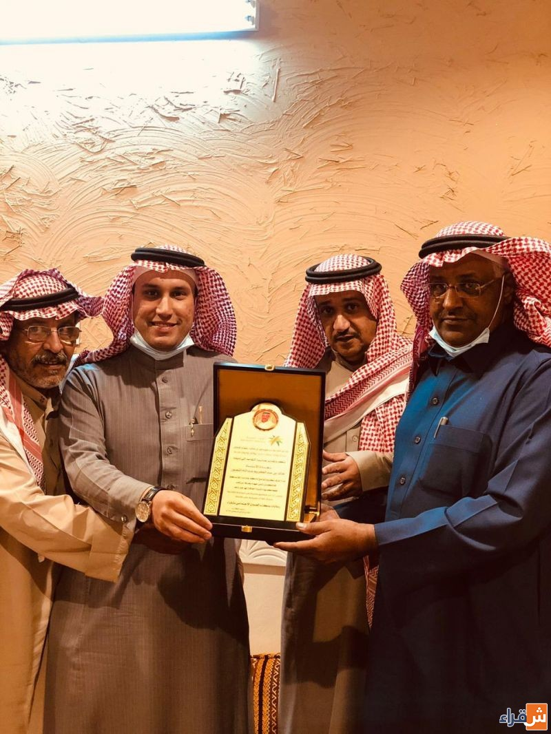 خالد المنصور يغادر مكتب الضمان الاجتماعي بعد خدمة تجاوزت الأربعين عاماً