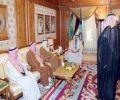 الأمير سلمان بن عبدالعزيز يستقبل وفداً من أهالي محافظة شقراء