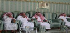 منسوبو بلدية محافظة مرات يحتفلون برئيسهم الجديد