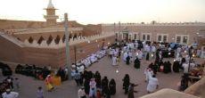 توافد أعداد كبيرة من الزوار في مهرجان أشيقر