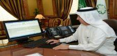 وزير الخدمة يطلق  برنامج توطين