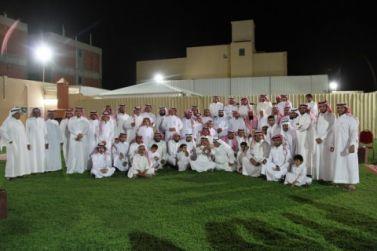 أسرة السالم تعقد اجتماعها السنوي الجمعة الماضي