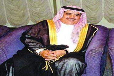 الشيخ عمر البليهد يسلم السيارات الاربع التي اهداها للمتفوقين من أيتام شقراء