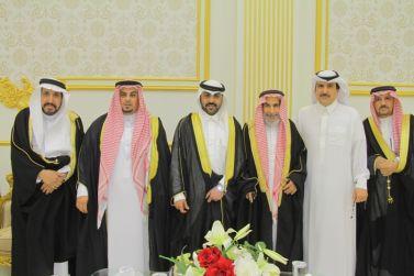 الشاب عبدالرحمن بن محمد العربيد يحتفل بزواجه