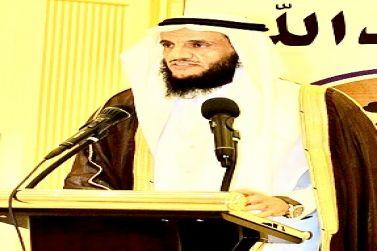 خطيب جامع المهنا سامي الشويمي: وجودَ أجيالٍ من الشباب دون حَصانةٍ حقيقيَّةٍ فاعِلةٍ، جريمةٌ في حقِّهم وحقِّ  المُجتمع