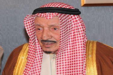 الشيخ محمد بن حمد العيسى يدعم نادي الوشم ب 600 الف ريال