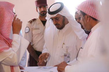 مدير الجامعة د. عوض الأسمري يقف على عدد من المشروعات الأكاديمية بمحافظة شقراء