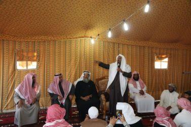 الشيخ سليمان الجبيلان يقوم بزيارة لروضة العكرشية والجناح المثالي بسجن شقراء