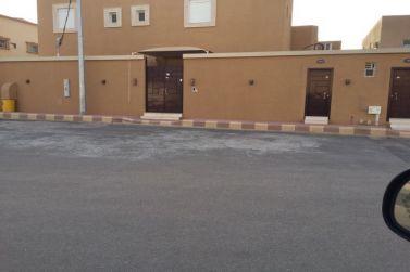 للبيع فيلا حرة جديدة تشطيب ممتاز خلف بنك الرياض بشقراء لدى مكتب إعمار للعقارات
