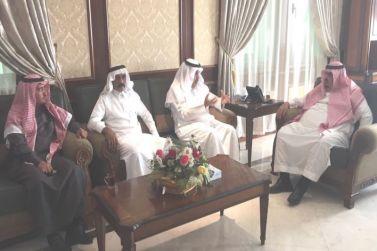 محافظ شقراء يستقبل الامين العام لجمعية الملك سلمان للإسكان الخيري