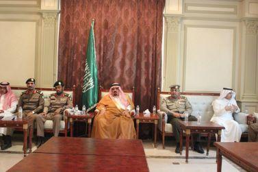محافظ شقراء يؤدي صلاة العيد ويستقبل الأهالي ورؤساء الدوائر الحكومية