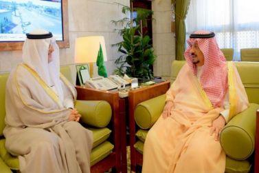 أمير منطقة الرياض يستقبل محافظ شقراء عادل بن عبدالله البواردي