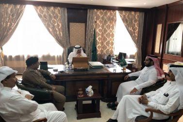 محافظ شقراء عادل البواردي يلتقي بمدير خدمات المياه