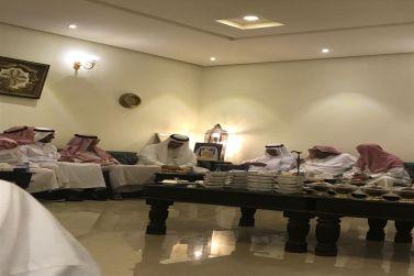 محافظ شقراء يواصل زياراته لاخوانه المواطنين