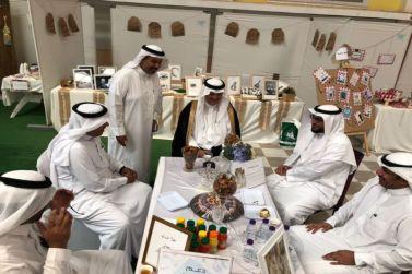 محافظ شقراء افتتح بازار الأحياء المتعلمة للبنات في شقراء ومرات  وأشيقر