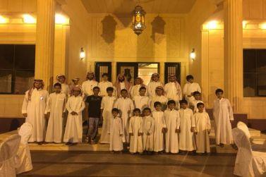 الشيخ : يوسف الفهد الحميدي يستضيف أبناء إنسان على الإفطار