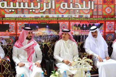 محافظ عنيزة السليم يزور مقر فعاليات مهرجان ليالي رمضان
