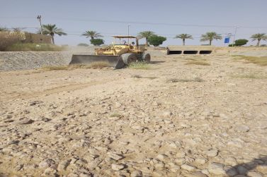 بلدية أشيقر تتأكد من جاهزية شبكات تصريف سيول الأودية