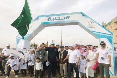 425 من المواطنين والمقيمين بشقراء يشاركون في يوم المشي العالمي