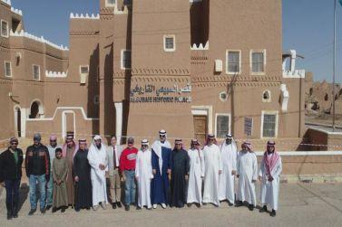 معالي المندوب الدائم للمملكة عبدالله المعلمي يزور القرية التاريخية بمحافظة شقراء