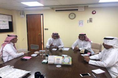 رئيس نادي الوشم يستقبل رئيس بلدية شقراء ويبحث معه عدد من المقترحات لتطوير البيئة المحيطة بالنادي