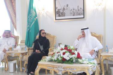حضور الاميرة:سلطانة بنت بدر آل سعود محافظ شقراء يستقبل لجنة إعادة تأهيل المساكن التي تبدأ أول أعمالها في شقراء