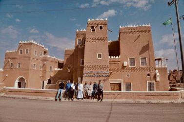 المهندس عبدالرحمن عبدالعزيز الفاضل مدير مصفاة أرامكو السعودية بالرياض يستضيف السفير السويدي في محافظة شقراء.