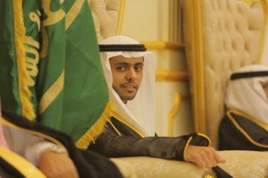 الشاب يزيد بن عبدالعزيز البريثن يحتفل بزواجه