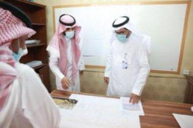 رئيس جامعة شقراء يتفقد كليات محافظة عفيف ويقف على احتياجاتها