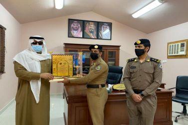 محافظ شقراء يزور مركز  دوريات أمن الطرق في شقراء