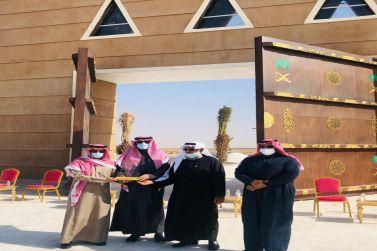بحضور رئيس مركز القصب بلدية القصب تدشن مجسم دوار ميدان الملك عبدالعزيز