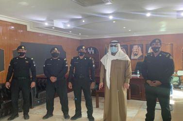 محافظ شقراء يقوم بجولة تفقدية لقيادة الدوريات الأمنية