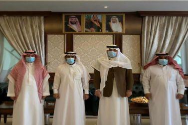 محافظ شقراء يعقد اجتماعاً بمدير فرع وزارة البيئة والمياه والزراعة بمنطقة الرياض .