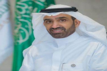 وزير الموارد البشرية والتنمية الاجتماعية يصدر (3) قرارات تقضي بقصر العمل في المجمعات التجارية المغلقة على السعوديين، وزيادة نسب التوطين في منافذ بيع المطاعم والمقاهي وأسواق التموين المركزية